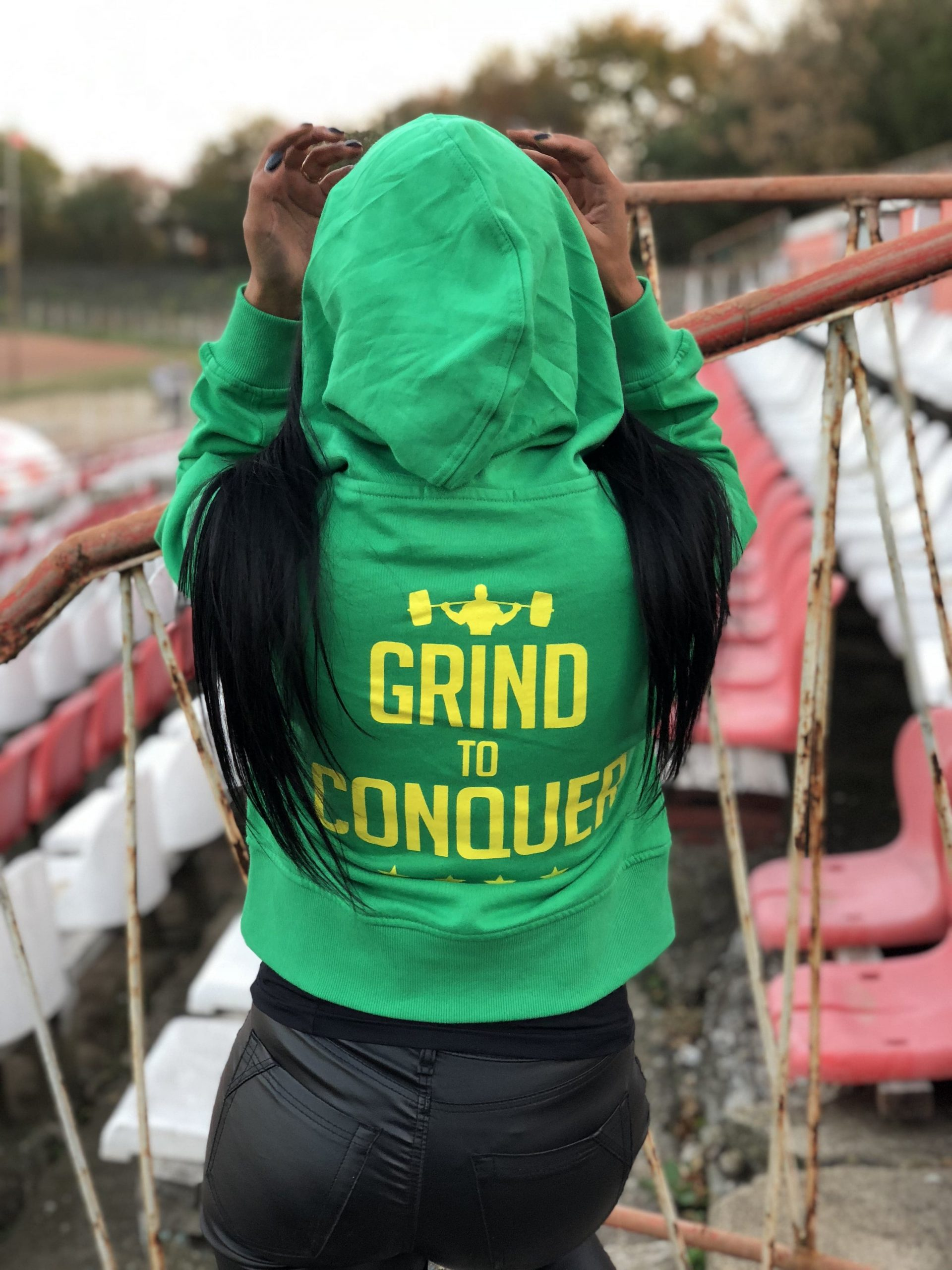 Powerlifting Motivation Crop Hoodie – Green PM GC
