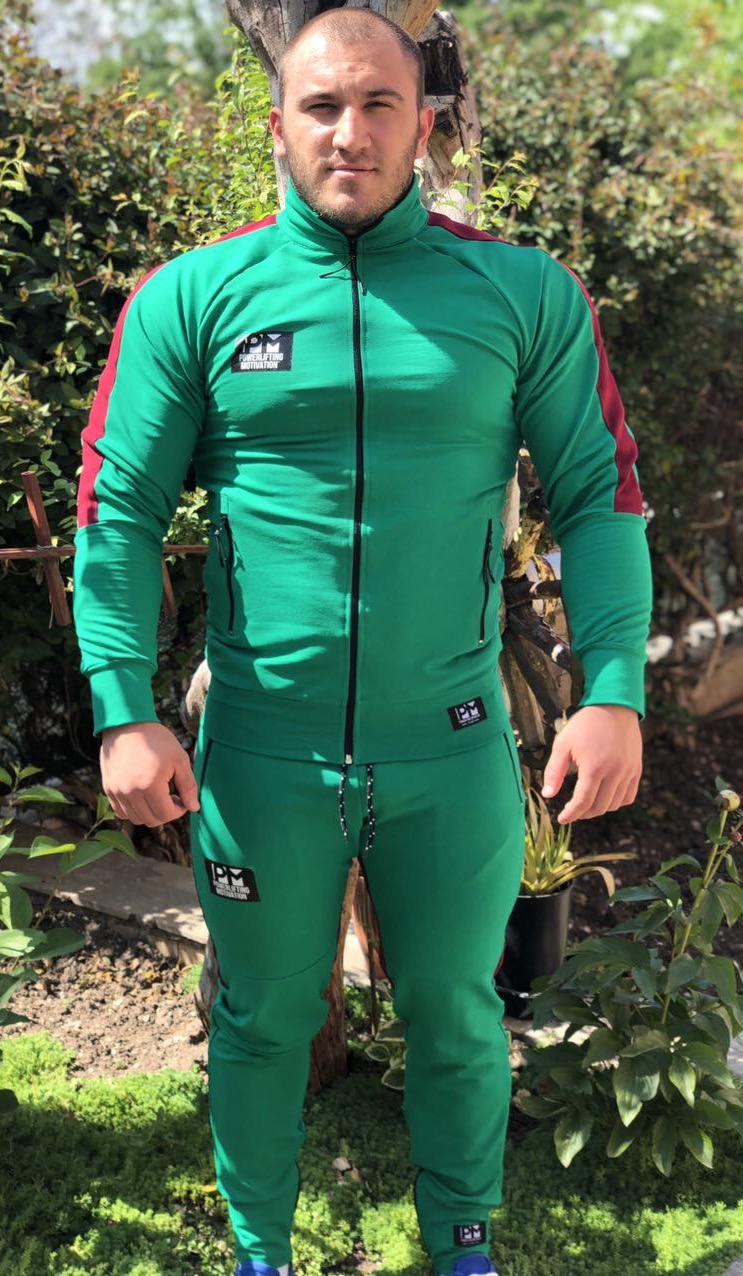 green suit pm