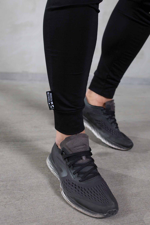essentils-black-pants-front-details