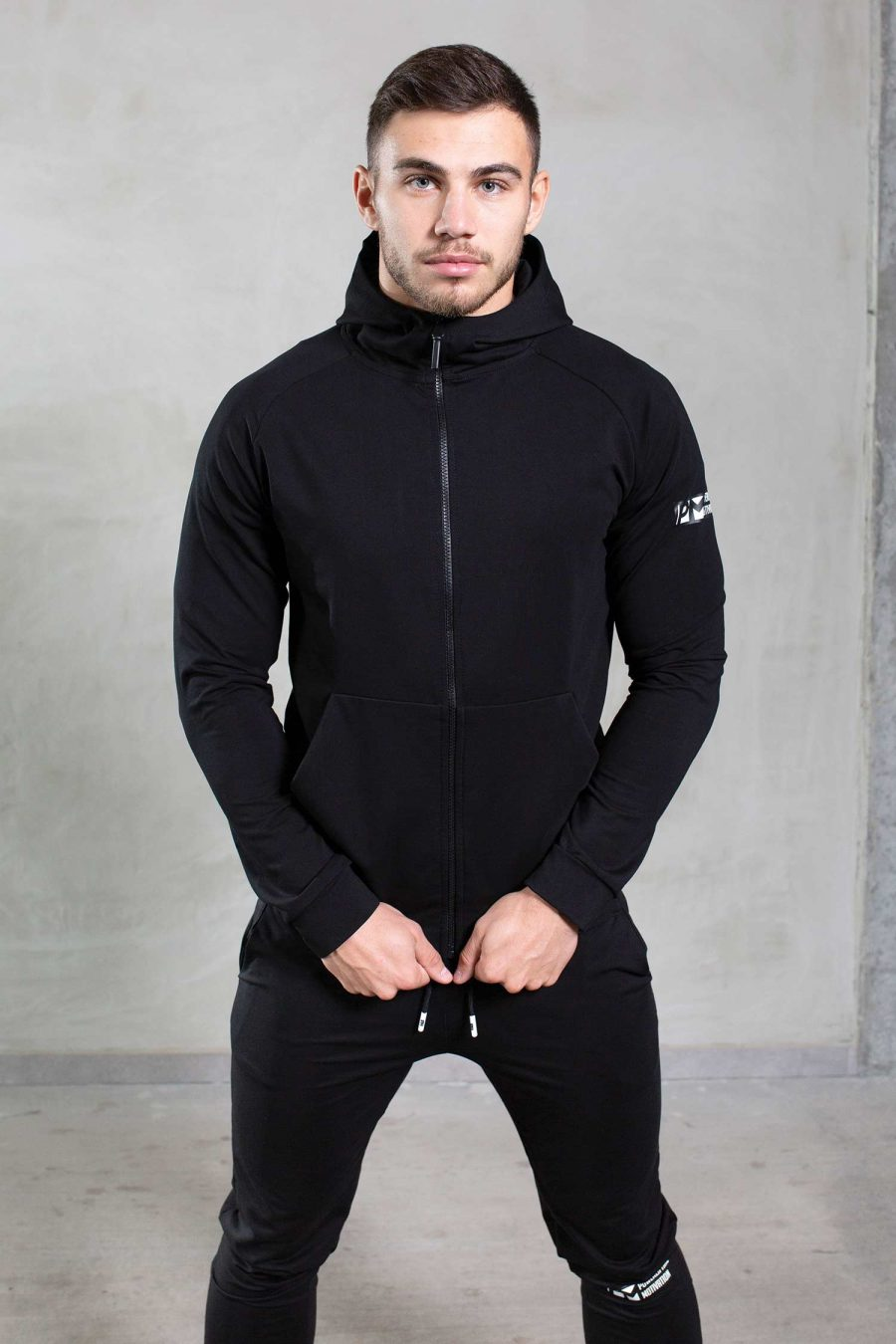 essentils-black-top-front-1