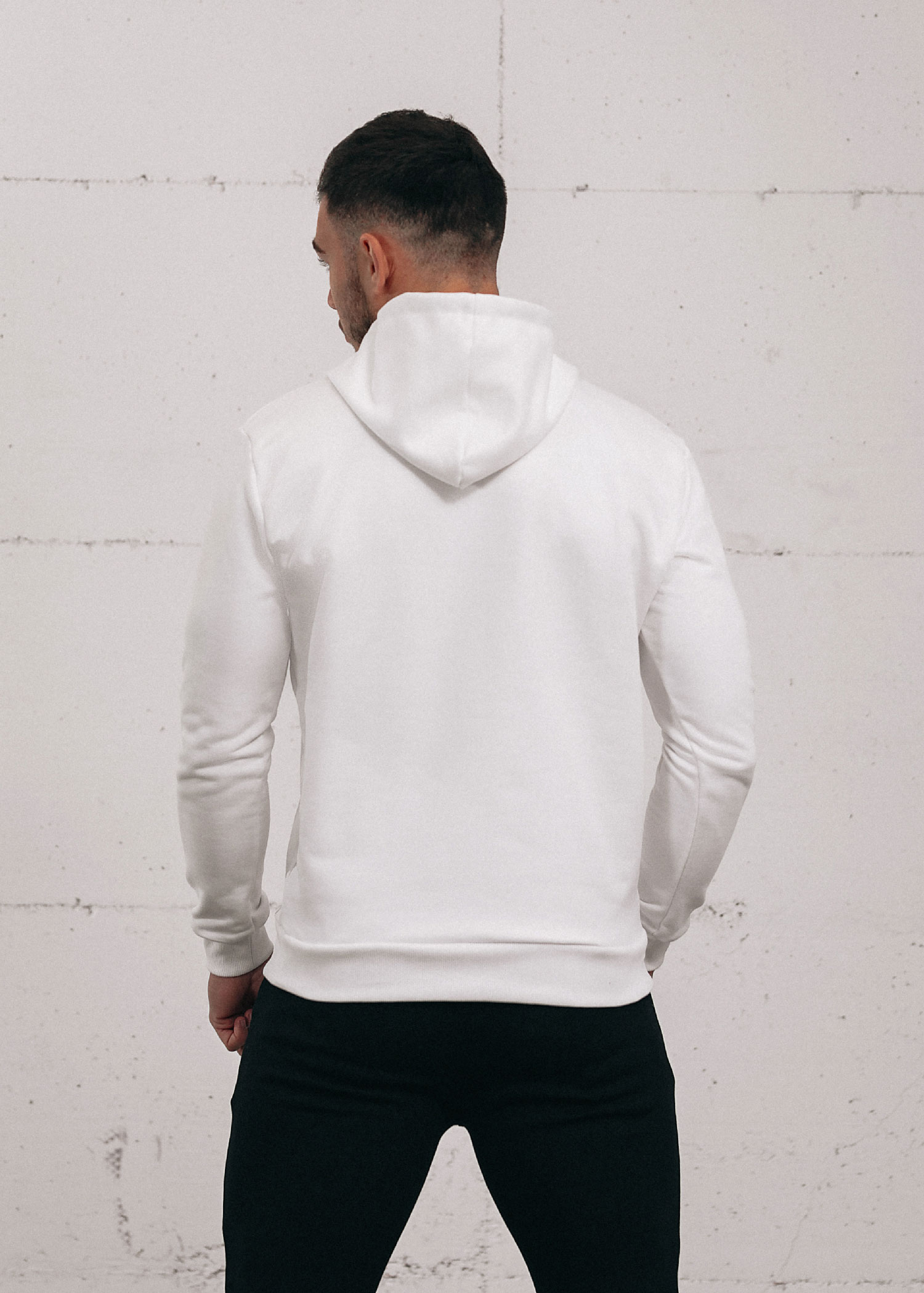 white-popover-hoodie-3