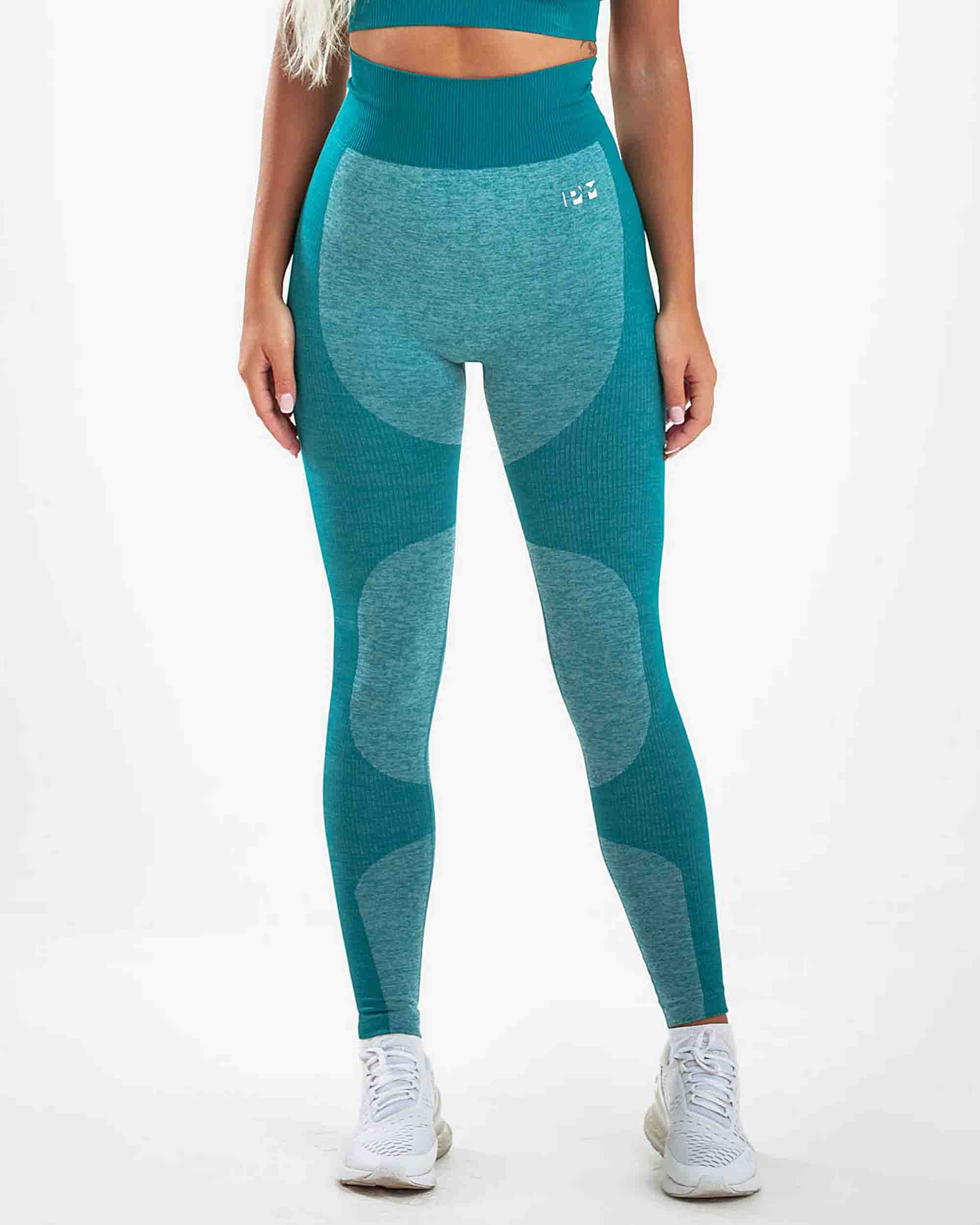 PM STRETCHY SEAMLESS LEGGINGS GREEN COLOR